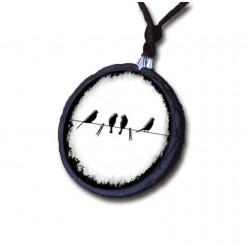 Schiefer Vogel Halskette auf schwarzen & weißen Draht