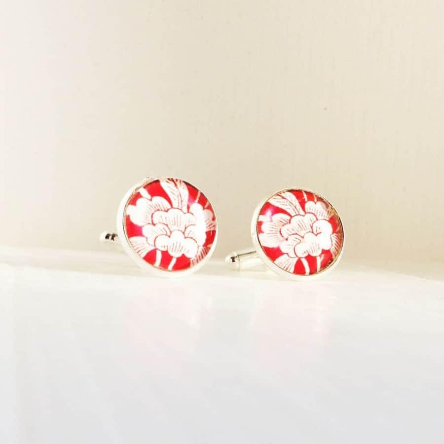 boutons de manchette motif japonisante et blanc