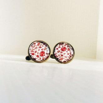 Boutons de manchette motif floral liberty rouge.