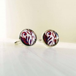 Red and purple foliage cuff links.