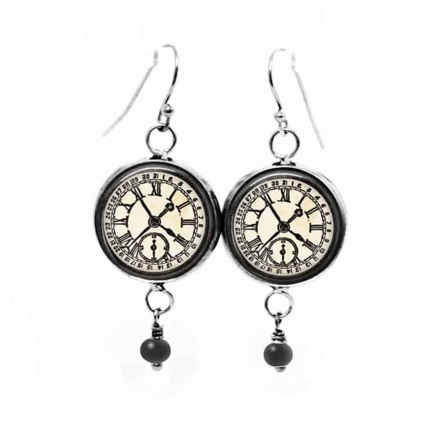Boucles d 39 oreilles fantaisie pendantes avec th me horloge for Le noir et le blanc