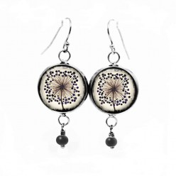 Dangle earrings with a single agapanthus flower