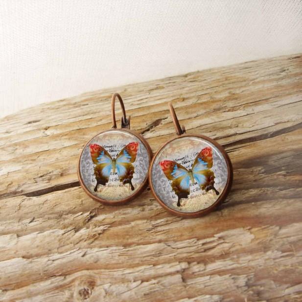 Boucles d'oreilles dormeuses thème vintage Papillon