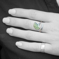 Ginkgo leaf ring in silver wire