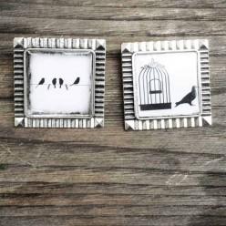 Broche carrée Oiseaux libre en noir et blanc