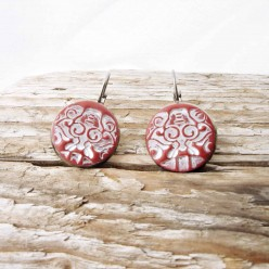 French wire earrings with a red and white japanese graphics impression in red cinnabar cla