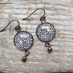 Boucles d'oreilles collection Yule Cercles ronds noir,blanc et or
