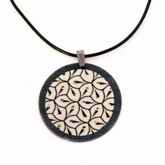 Slate necklace Yule collection in Black, White and Gold spirals