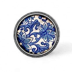 Framed 30mm snap on interchangeable button - cabochon with 2 dimensional Blue porcelaine theme