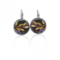 Lever-back earrings with a boho floral theme : khaki branch and blue flower