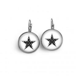 Ohrringe-Schwellen mit einem schwarzen und weißen Stern Muster