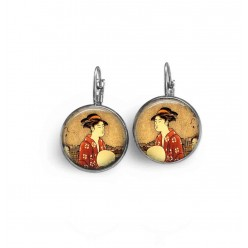 French wire earrings with a japanese Geisha theme.