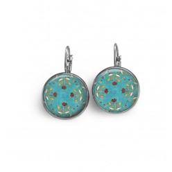 Boucles d'oreilles dormeuses avec le motif fleurs chocolat sur fond turquoise