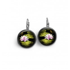 French wire earrings with waterlilly theme