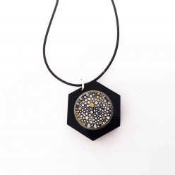 Collier interchangeable /personnalisable pour boutons interchangeables Hexagone noir brillant