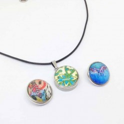 Interchangeable stainless steel snap button cord necklace