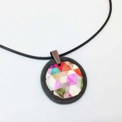 Collier en ardoise avec un motif Boho Triangles aquarelle rousses