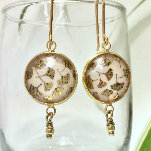 Boucles d'oreilles pendantes feuille de gingko en feuille de métal