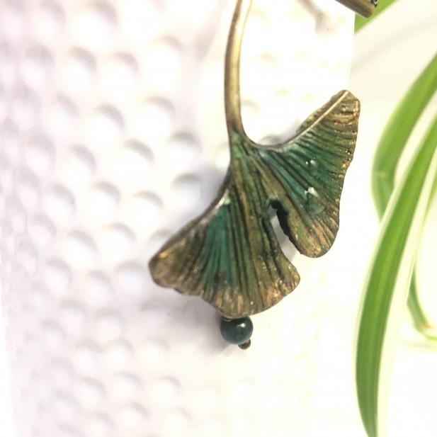 Ginkgo Biloba leaf necklace with ink-painted porcelaine