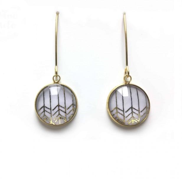 Silver chevron patern dangle earrings