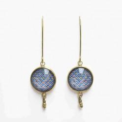 Boucles d'oreilles pendantes bleues, rouges et points d'or