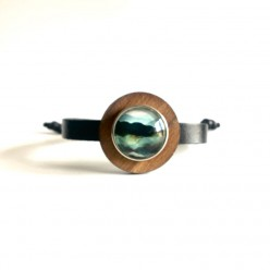Thin leather strap bracelet with wood washer for interchangeable buttons