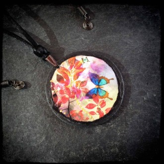 Slate necklace featuring 'Pink Summertime' theme