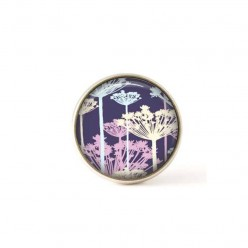 Interchangeable clip on buttons with a purple ombrelle flower theme