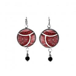 Boucles d'oreilles pendantes avec perles sur le thème des plumes abstraites rouges