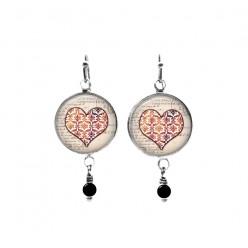 Boucles d'oreilles avec perles à thème coeurs damassés 2