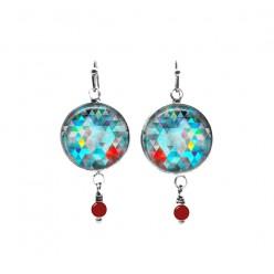 Boucles d'oreilles avec perles sur le thème des triangles turquoise et rouge