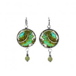 Boucles d'oreilles perlées sur le thème des feuilles de turquoise et kaki baroque