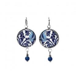 Boucles d'oreilles perlées sur le thème de la feuille bleue et turquoise baroque