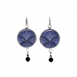 Beaded dangle earrings with a navy blue flower theme