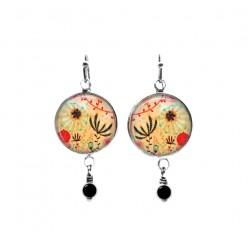 Naïve floral themed beaded dangle earrings