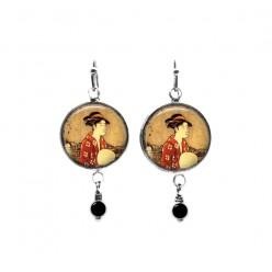 Boucles d'oreilles pendantes en perles avec un thème japonais