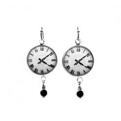 Boucles d'oreilles avec perles sur le thème de l'horloge noir et blanc