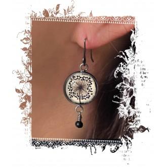 Boucles d'oreilles fantaisie pendantes avec le thème de fleur d'agapanthes